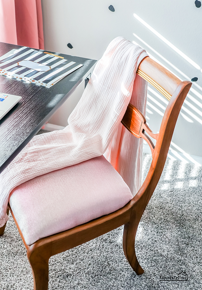 A thrifty chair makeover