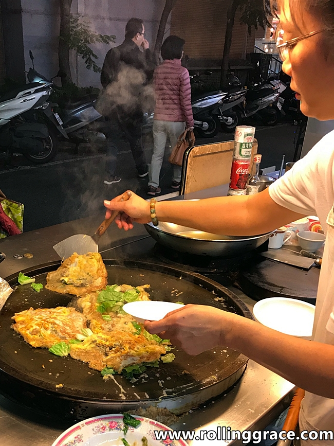 Oyster Omelette in taiwan
