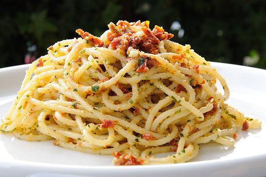 Cantinho vegetariano espaguete com tomate seco vegana for Primi piatti di pasta