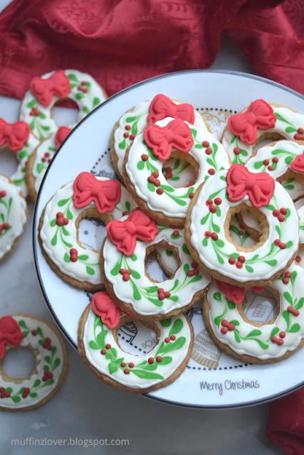 Recette facile biscuits couronnes de Noël - muffinzlover.blogspot.com