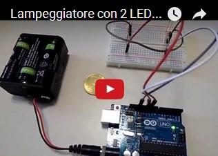 Lampeggiatore con 2 LED per passaggio a livello incustodito con Arduino
