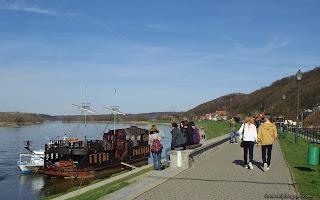 http://fotobabij.blogspot.com/2016/04/kazimierz-dolny-przystan-kwiecien-2016.html