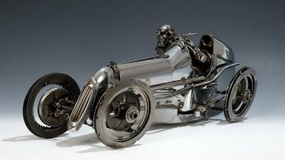 Auto de carreras clásico
