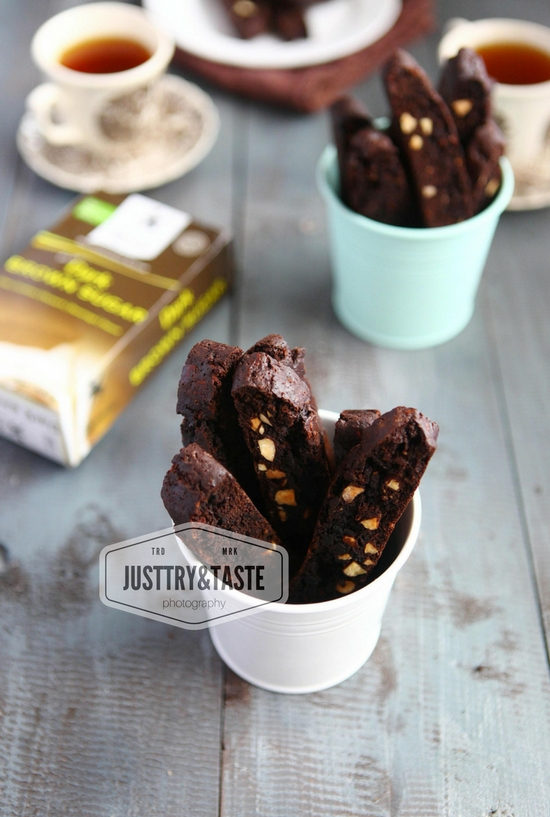 Resep Chocolate Almond Biscotti