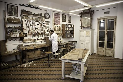Shabby chic interiors tecnica shabby e restauro del legno for Bauli stile shabby chic