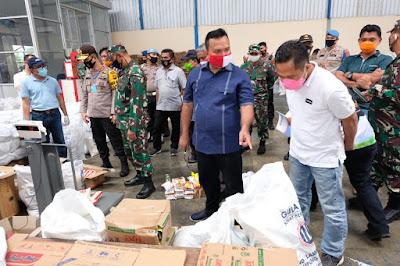 Cek Kelengkapan Paket Sembako Untuk Warga Terdampak, Kapolda Jambi dan Danrem Sidak ke Gudang Bulog