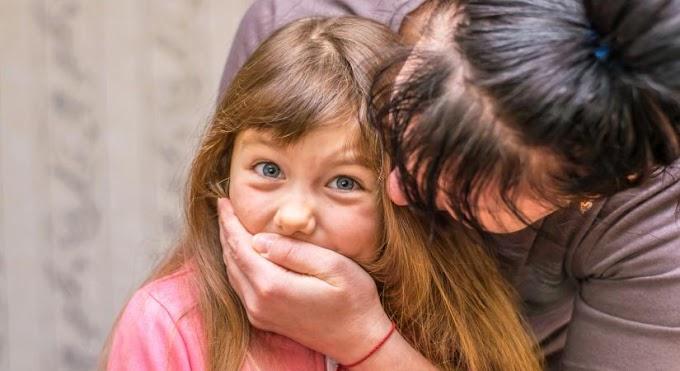 Elrendelték a letartóztatását az elvetemült szécsényi anyának, aki a kiskorú lányával járt lopni