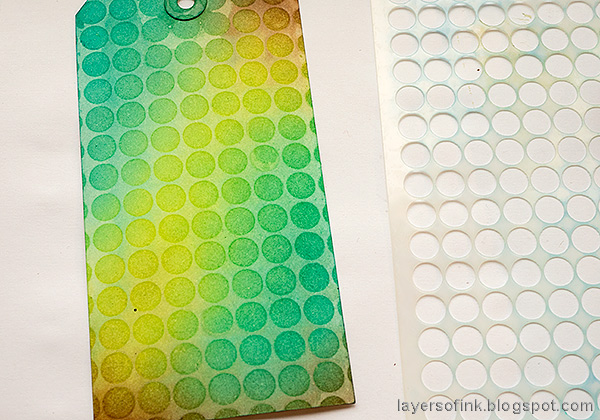 Layers of ink - Water Stenciling Video Tutorial by Anna-Karin Evaldsson.