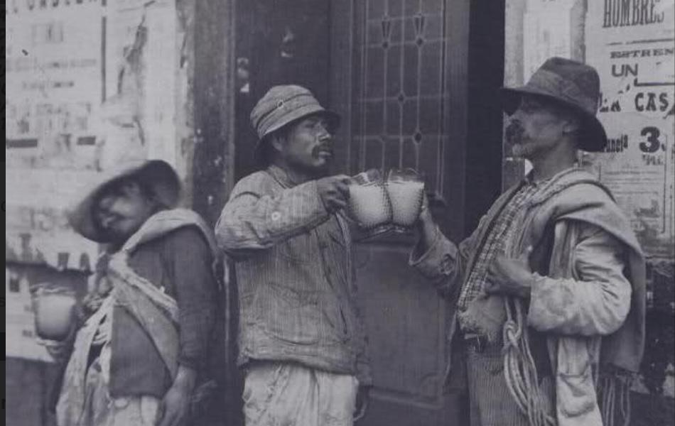 El pulque, la bebida de los dioses durante la revolución.