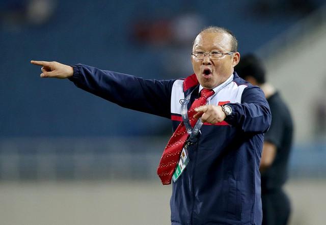 Ông Park Hang Seo làm huấn luyện viên trưởng đội tuyển quốc gia Việt Nam