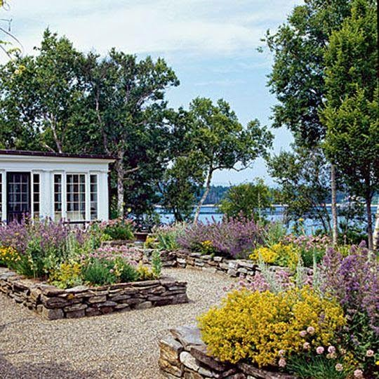Guide for Designing Coastal Garden Style picture