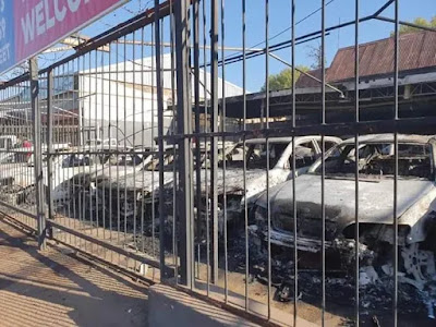 Nigerian-owned car sales business burnt by South African mob [NAN]