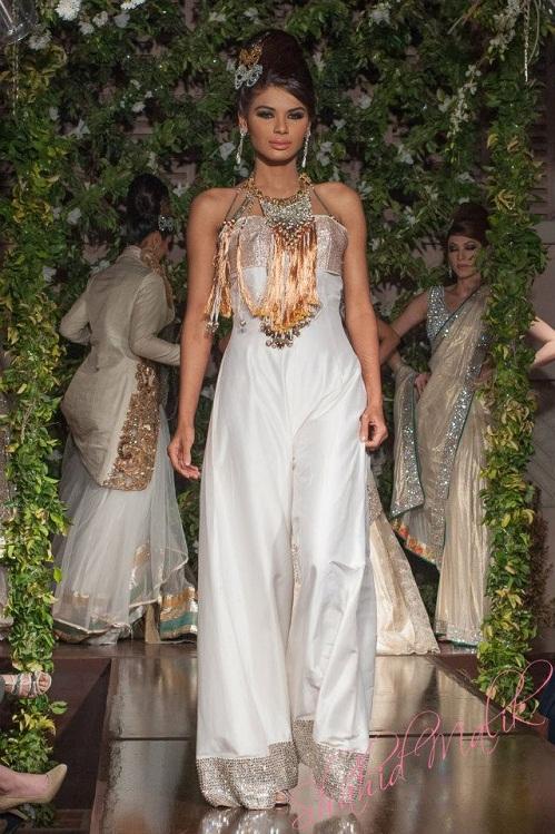 Pakistani Designer Saadia Mirza's -The Nur Ul Aine Bridal