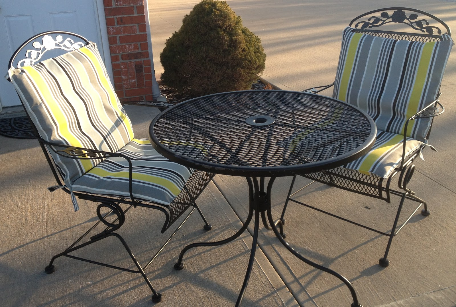 Recovering Lawn Chairs Toddler Table Chair Set Carols Distinctive Creations Spring Spruce Up Recover