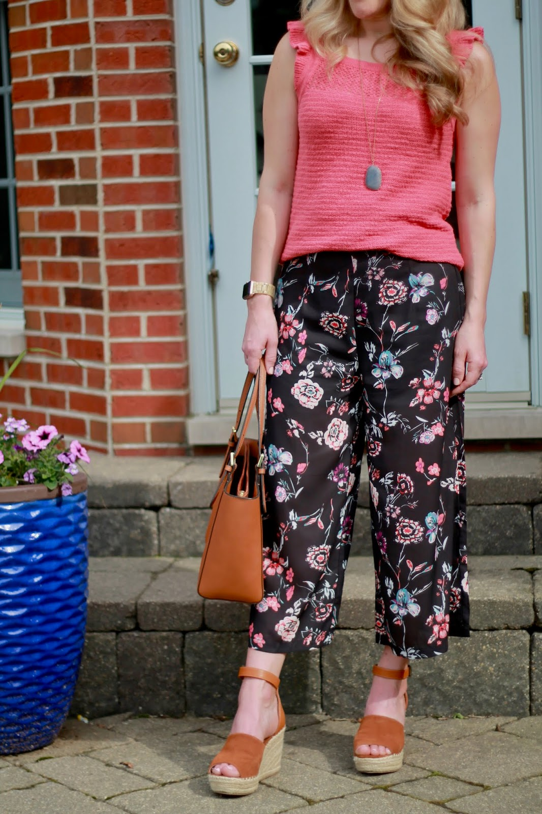 black floral culottes, cognac wedges, coral sweater tank, Tory Burch tote, spring culotte outfit