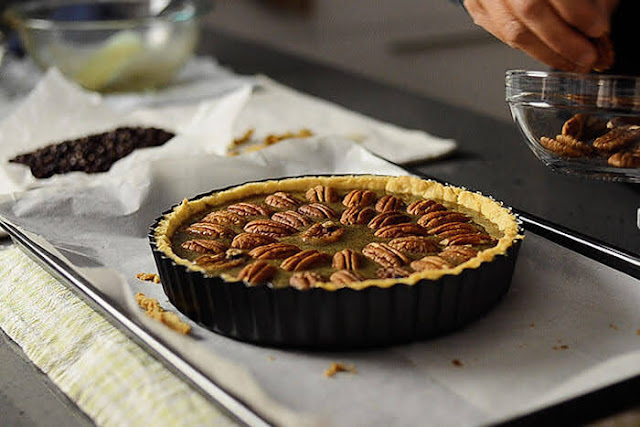 Arrange whole pecan nuts