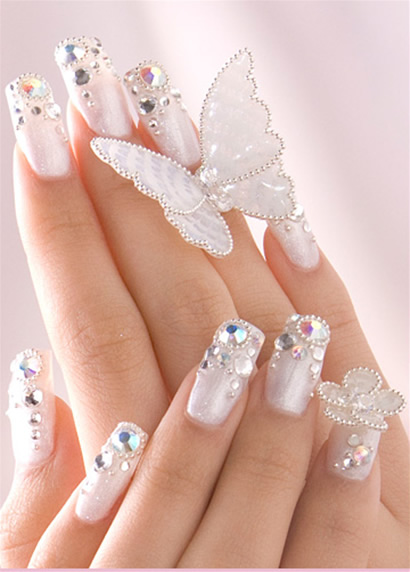 Women Fashin Update: Bridal Nail Polish Styles
