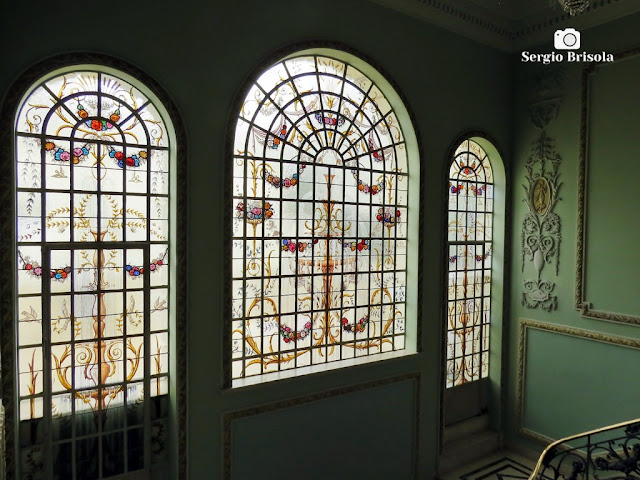 Palacete Violeta (Vitrais da Escadaria - vista lateral)
