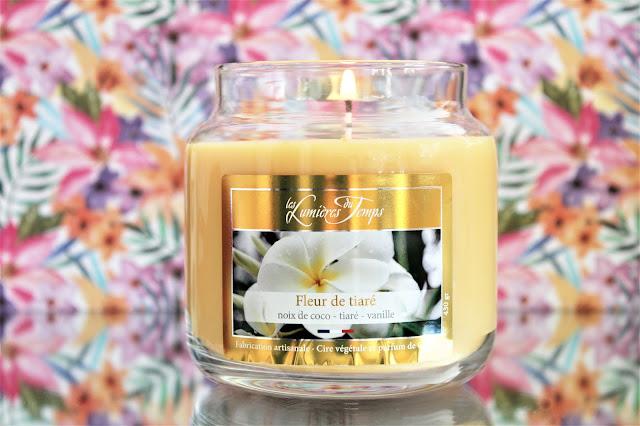 Bougie Parfumée Bonbonnière Fleur de Tiaré avis, bougie parfumée en forme de bonbonnière, bougie parfumée naturelle, bougie parfumée naturelle au monoï, parfum d'intérieur monoï, bougie fleur de tiaré les lumières du temps, les lumières du temps