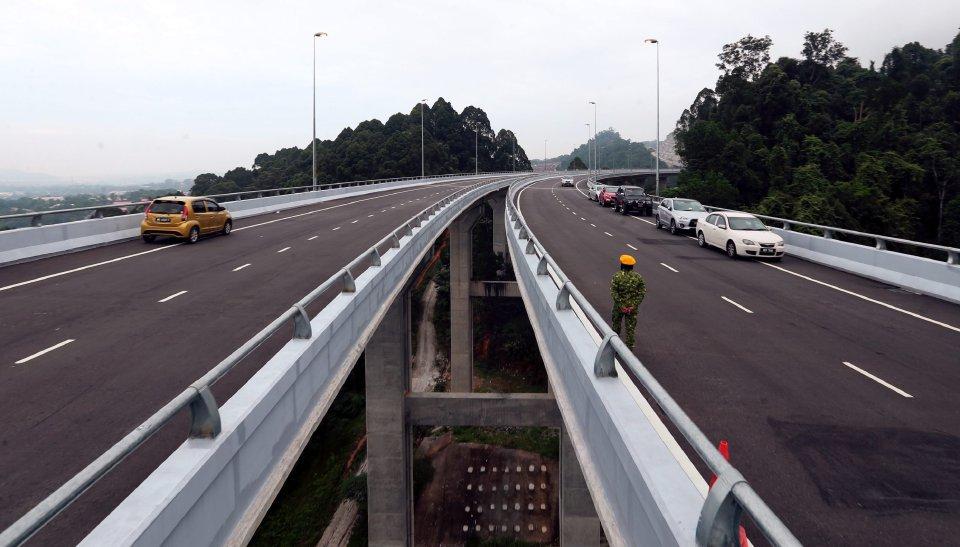 Laluan Rawang Bypass Kini Dibuka