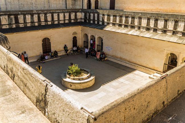 Courtyard of Badal Mahal