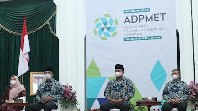 Jadi Pengurus ADPM, Bupati Wajo Dikukuhkan di Kantor Gubernur Jawa Barat
