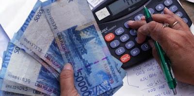 Cara bijak kelola uang dengan gaji kecil