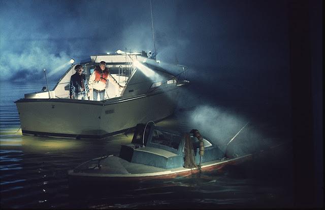 Jaws ตำนานฉลามกินคน โบรดี้ กับฮูเปอร์นั่งเรือออกตามหาร่องรอยของเจ้าฉลามคลั่ง
