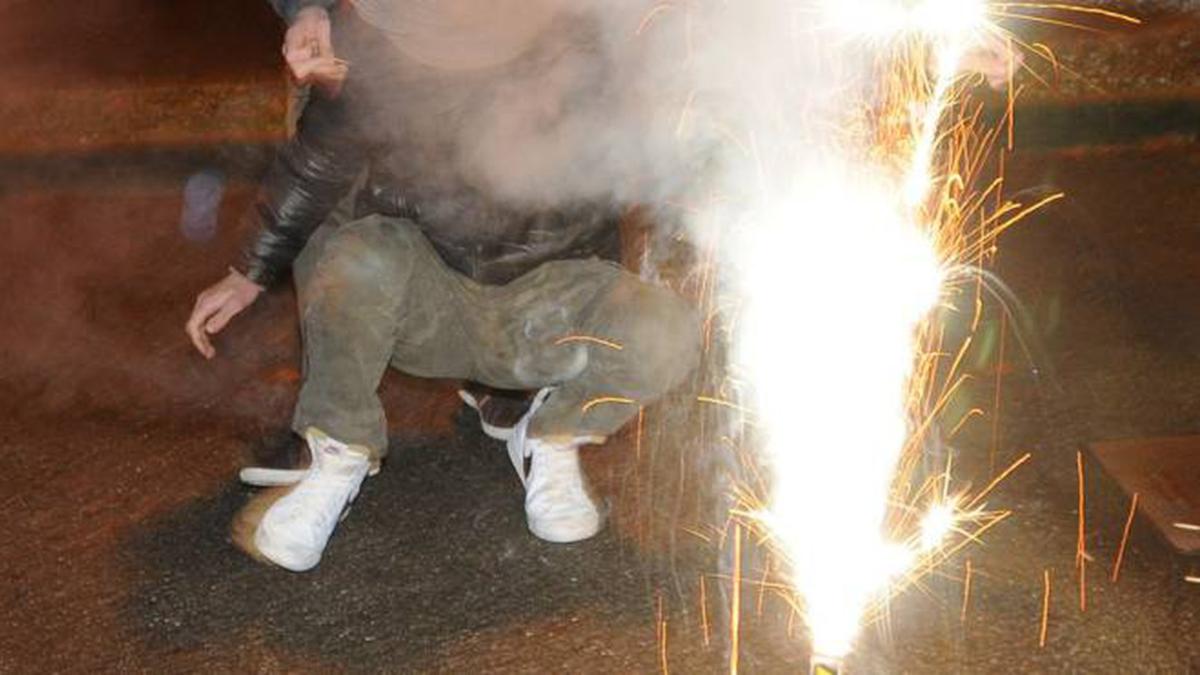 Fuochi artificio Cimitero Catania Polizia di Stato