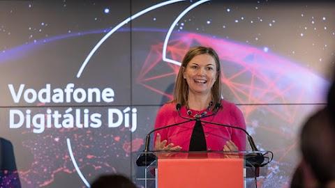 Már lehet pályázni a Vodafone Digitális Díjra