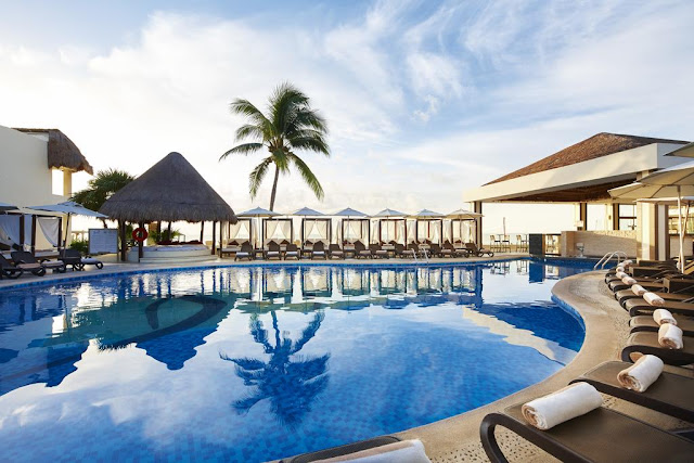 This breathtaking clothing-optional beachfront, Desire Riviera Maya Resort offers a sensual, temperature rising environment, inviting you and other like-minded couples to enjoy the game of seduction.