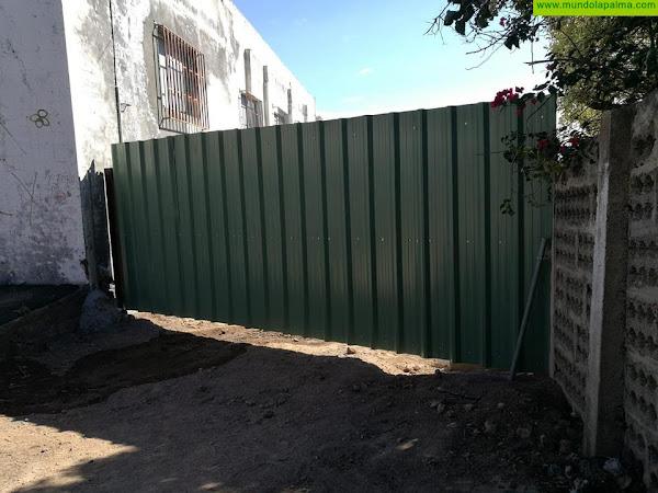 El Cabildo advierte del riesgo de acceder a la zona perimetrada de El Time, donde se están registrando actos vandálicos