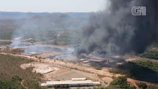 Balanço parcial indica que dois mil veículos foram destruídos por incêndio no pátio da Polícia Civil