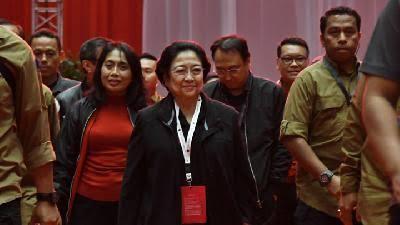 Hasto: Kongres Menetapkan Capres 2024 di Tangan Ibu Megawati