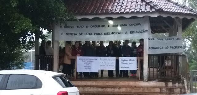 Segundo dia de paralisação. Professores de Iretama seguem luta por direitos!