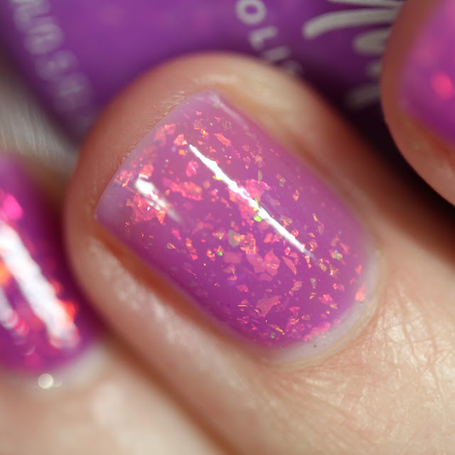 KBShimmer Where My Beaches At? orchid to clear thermal nail polish