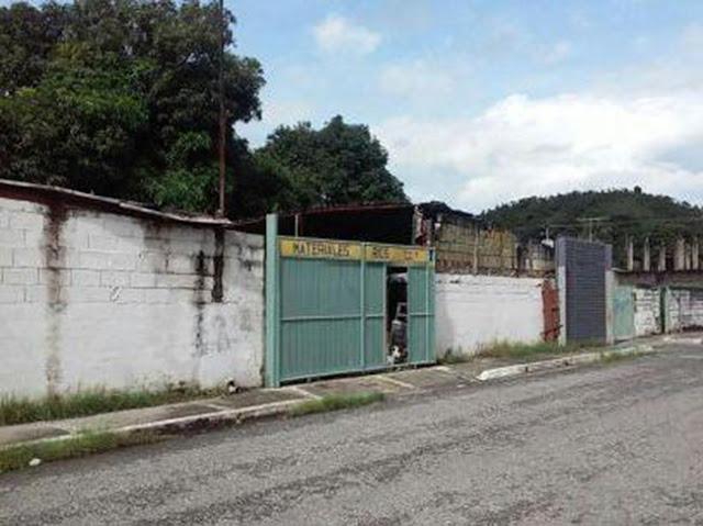 Un canario muere en un tiroteo, Venezuela