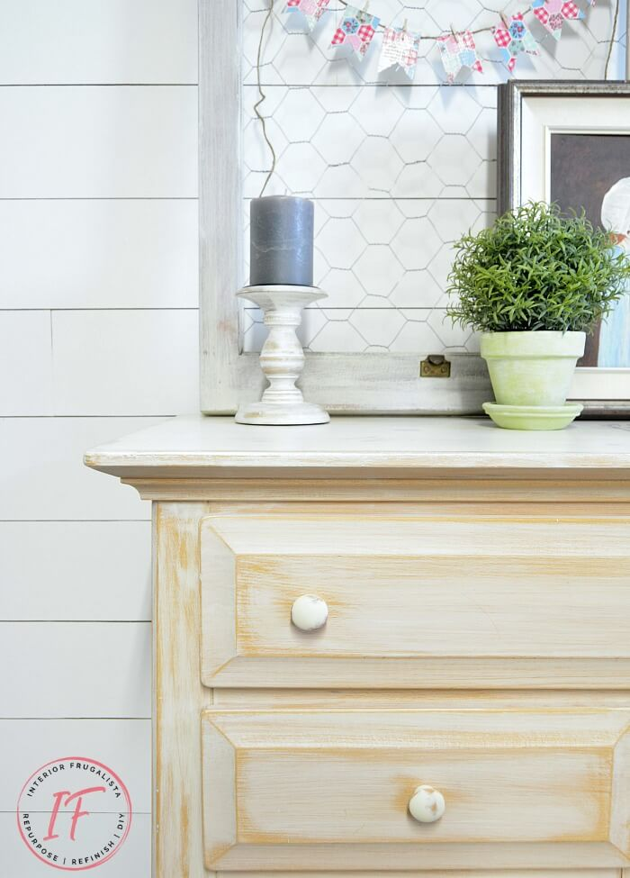 White Sideboard Buffet With Farmhouse Style