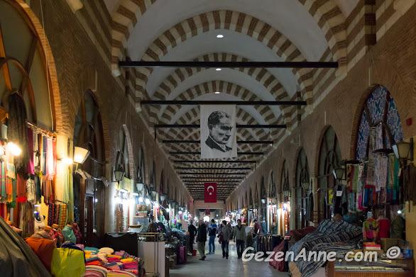 Alipaşa Çarşısı'nın içi, Edirne