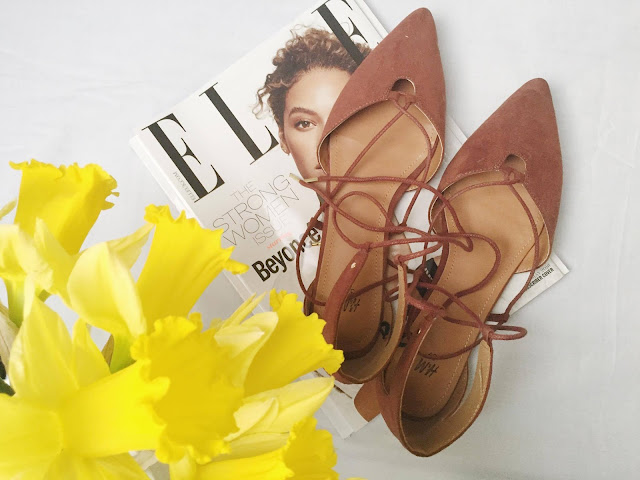 Little-Things-Daffodils-Elle-Shoes
