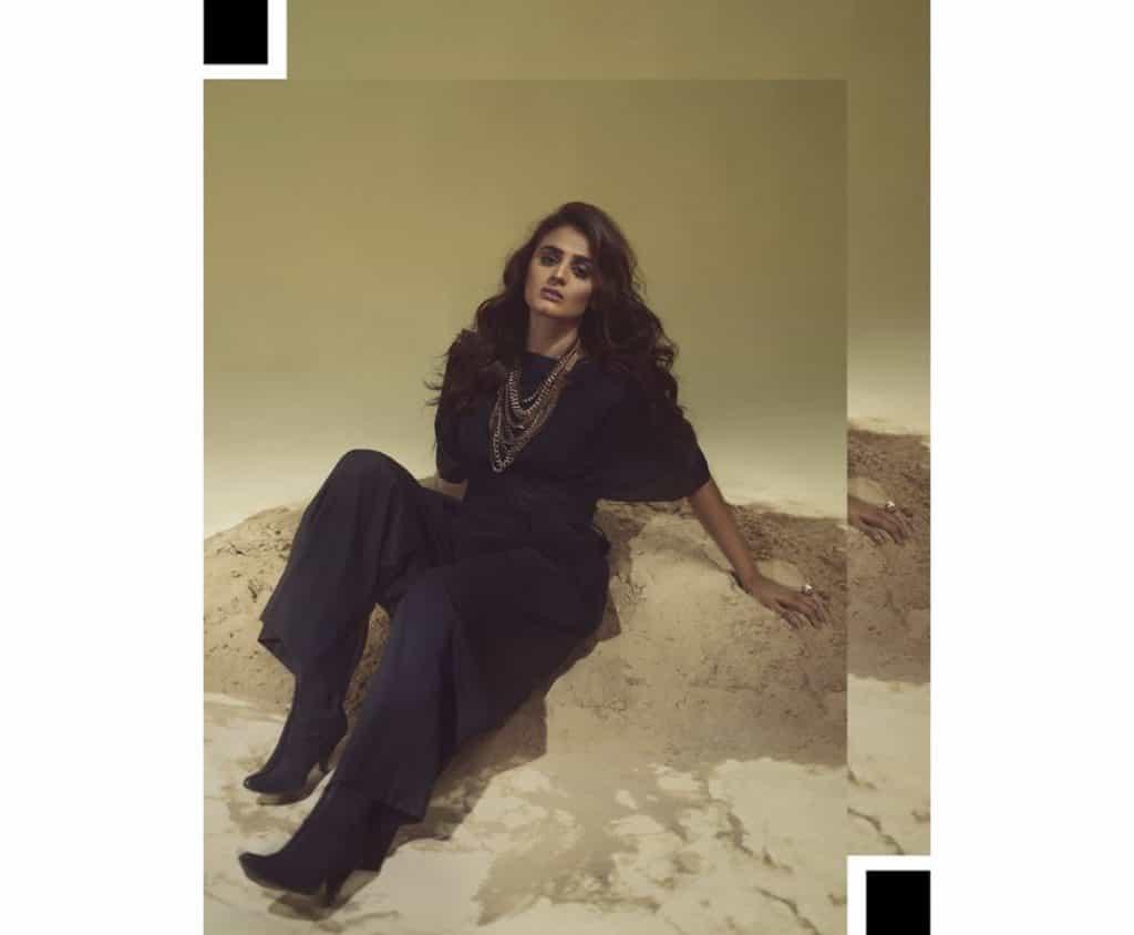 Kashf Star Hera Mani New All Black Photoshoot