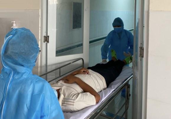 Thêm 4 người nhiễm Covid-19, tổng cộng 98 ca