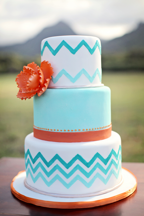 Hawaii+destination+wedding+salmon+pink+peach+orange+blue+turquoise+tropical+beach+tim+tebow+wedding+married+girlfriend+fiance+bouquet+gown+cake+chevron+modern+Creatrix Photography+5 - Tropical Oasis