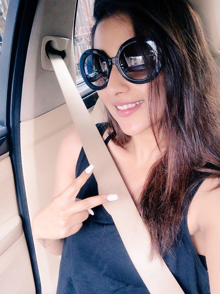 Actress SayanthikaBanerjee Latest Images