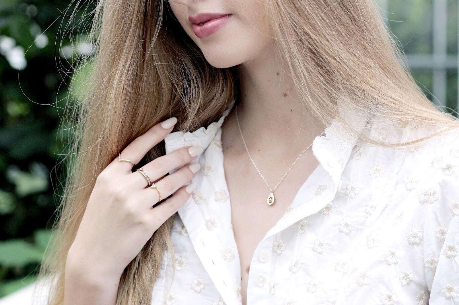 Estella Bartlett Avocado Necklace