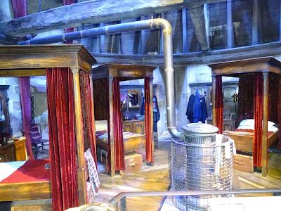 Dormitorio de chicos de la casa Gryffindor