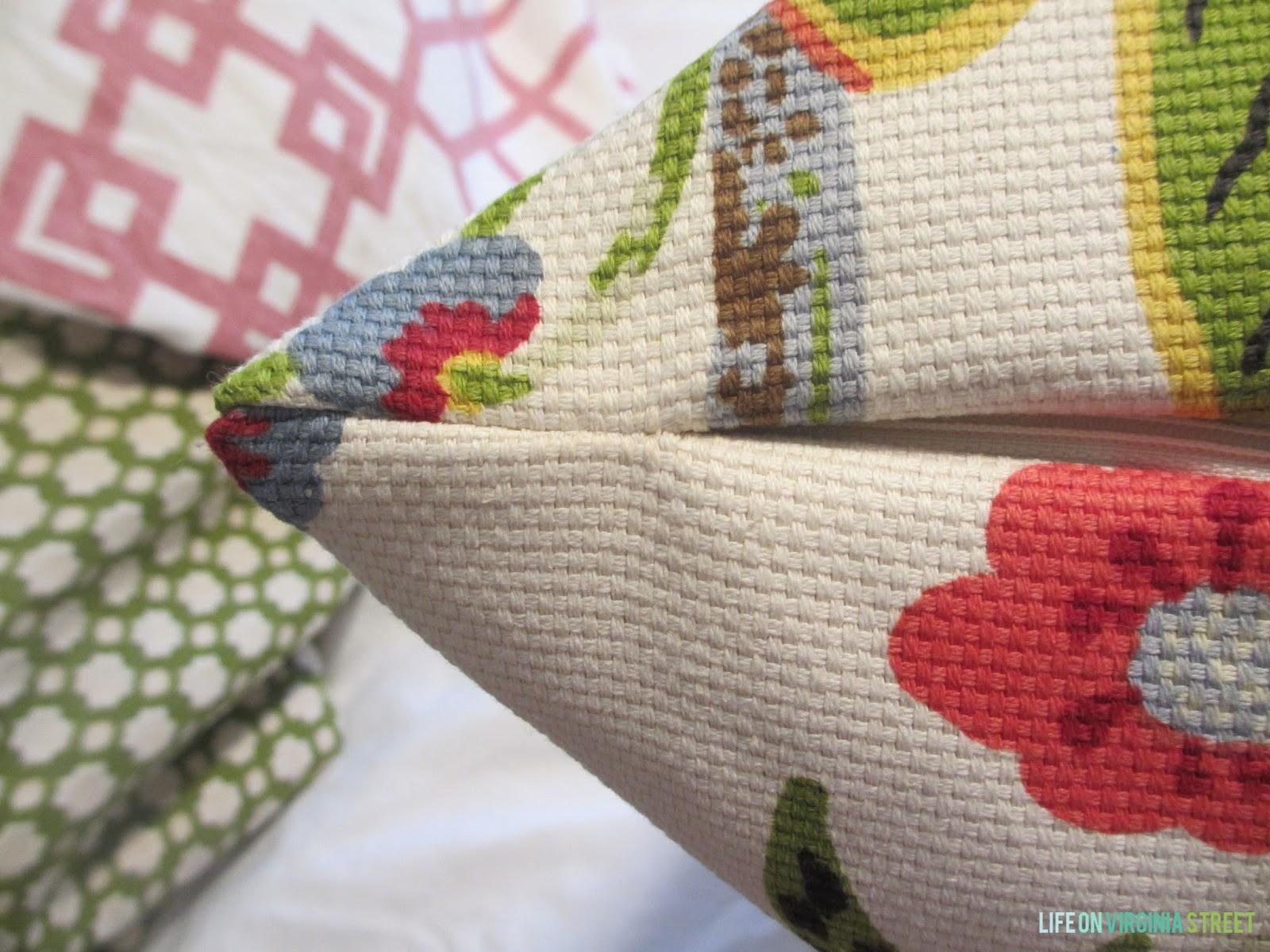 Tutorial Throw Pillow With A Zipper Life On Virginia