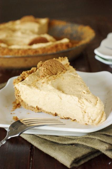 Creamy Pumpkin Mousse Pie with Gingersnap Crust  AD  www.thekitchenismyplayground.com
