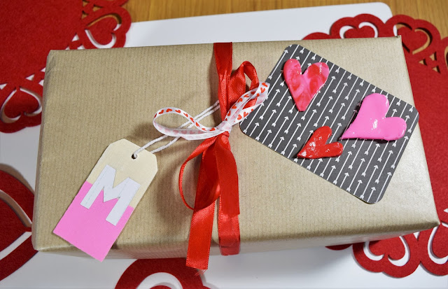DIY Valentine's Day Gift Wrapping