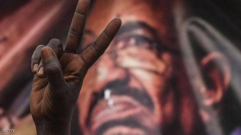 السودان.. شقيق البشير هرب إلى تركيا